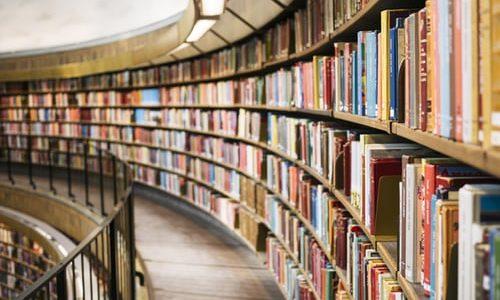 お客様のことも考える必要あり!朗読作品を選ぶ上での注意点!